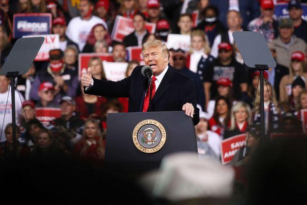 Mitin de Trump poco después de su derrota