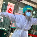Ταϊβάν: Από «τέλειο οχυρό» κατά του κορονοϊού σε κατάσταση
