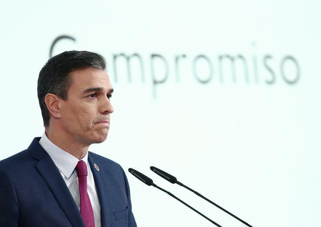 El presidente del Gobierno, Pedro Sánchez, con semblante serio, en una rueda de