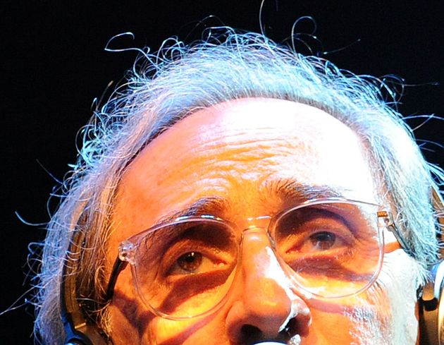 """""""La morte non è fine ma passaggio"""": vita per immagini di Franco Battiato"""