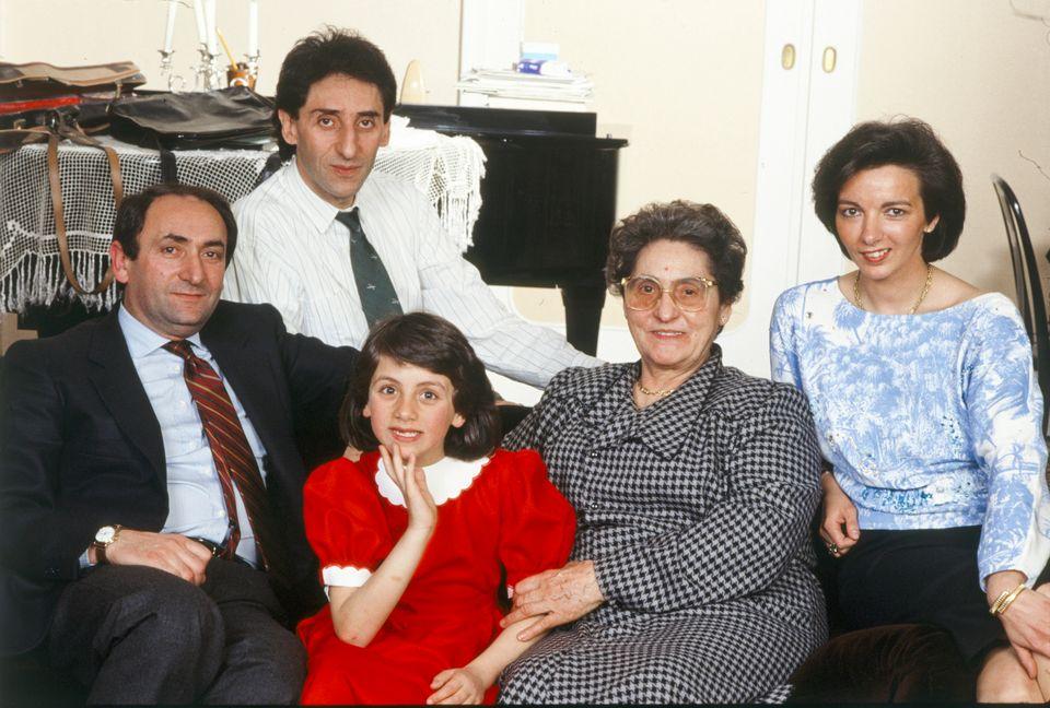 Franco Battiato col fratello Michele, la nipote Grazia Cristina, la madre Grazia e la cognata Graziella...