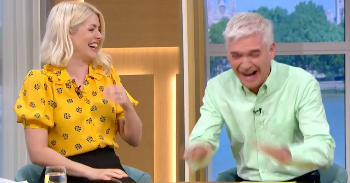 Holly Willoughby Left Mortified Over Hilarious Corn On The Cob Confusion