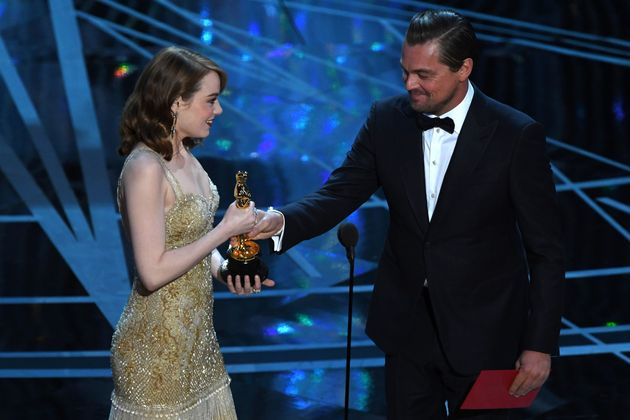 Leo presented Emma with her Oscar for Best Actress