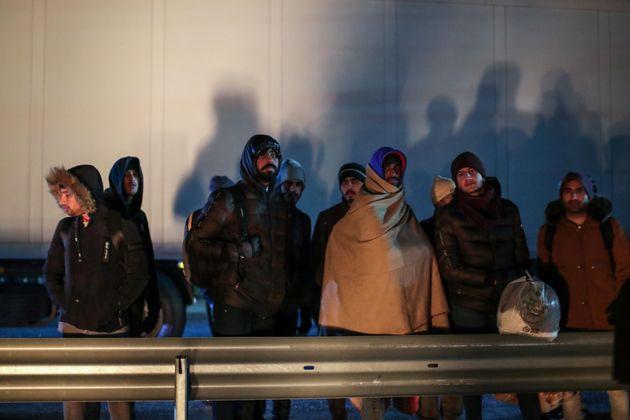Κομισιόν: Η Τουρκία να ξεκινήσει άμεσα τις επιστροφές μεταναστών από την
