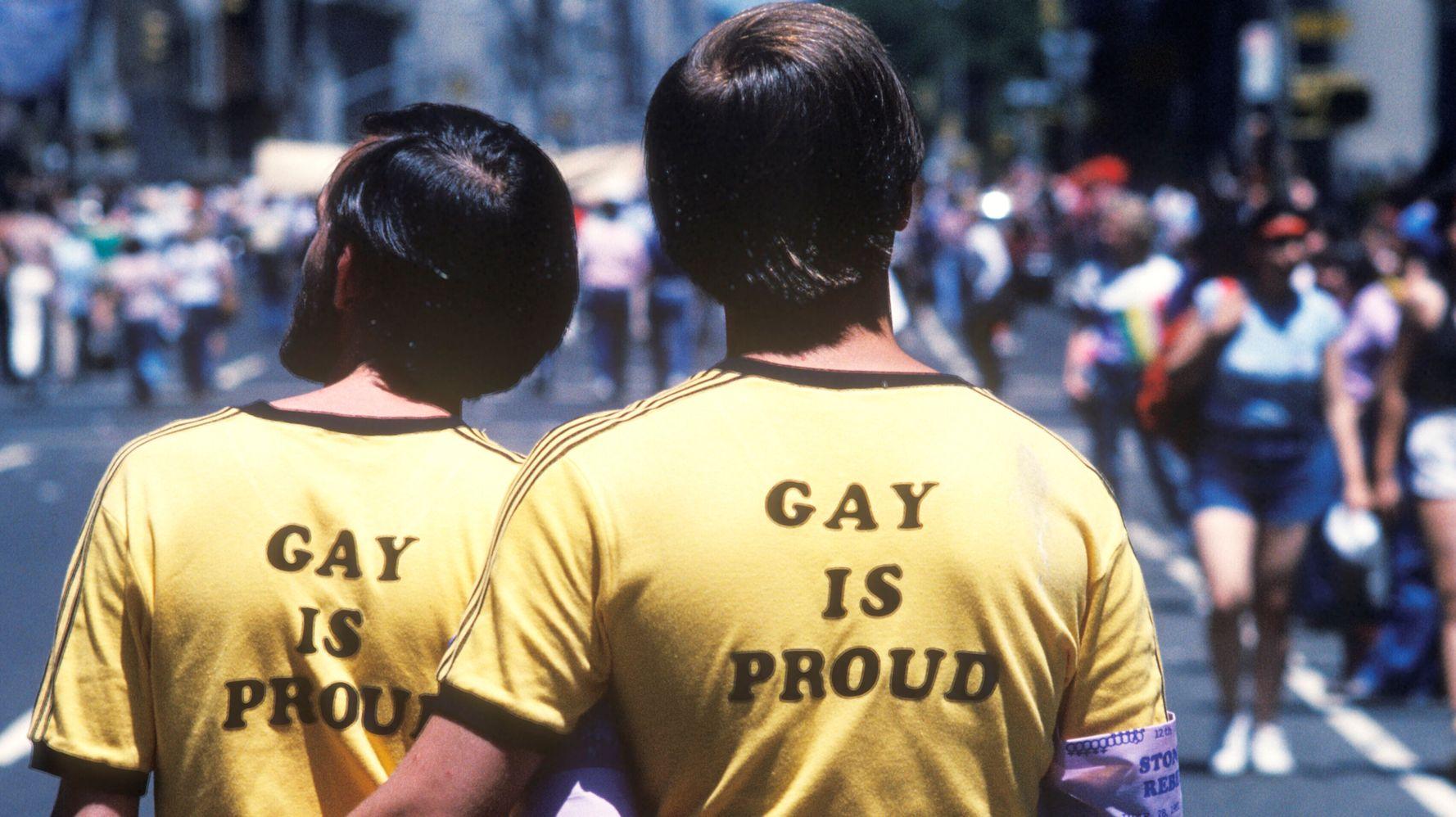 50 Vintage Photos Of Pride Parades In The U.S.