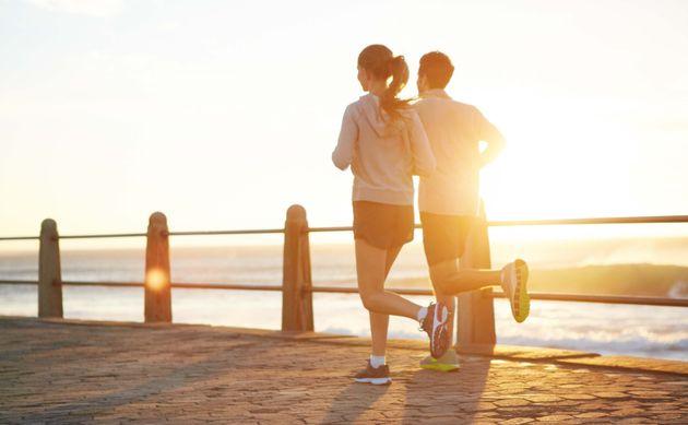 楽しく体を動かすことが、自己効力感を高める?