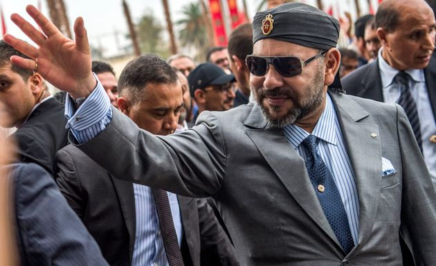Mohamed VI, en noviembre de 2018, inaugurando una estación de tren en