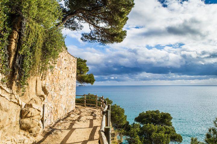 Camino de Ronda en la Costa Brava (Girona).