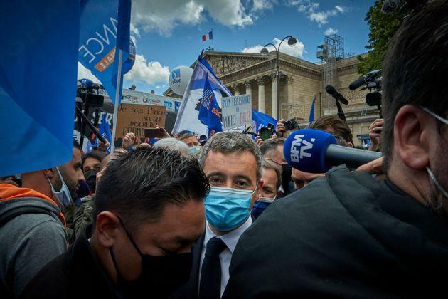 Le ministre de l'Intérieur, Gérald Darmanin, est venu assister à une manifestation...