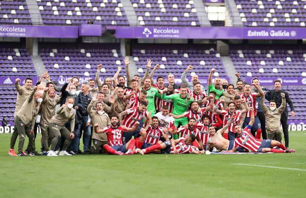 El Atlético celebra el undécimo título de liga sobre el césped del José