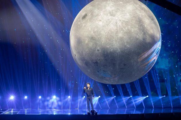 Blas Cantó, durante su actuación en la final de Eurovisión