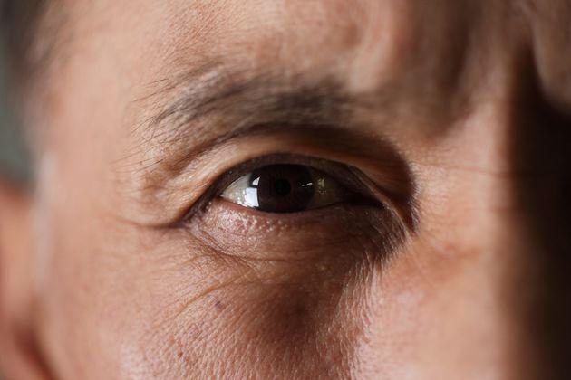 À 58 ans, il recouvre la vue, une révolution dans le monde médical (photo