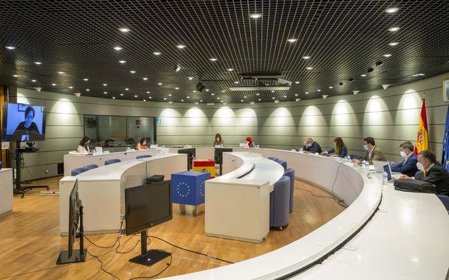 La Comisión Tripartita que estudia la prórroga de los