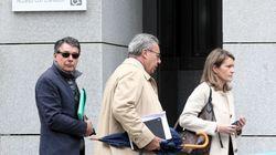 El juez procesa a Ignacio González por amaños en las obras de un campo de