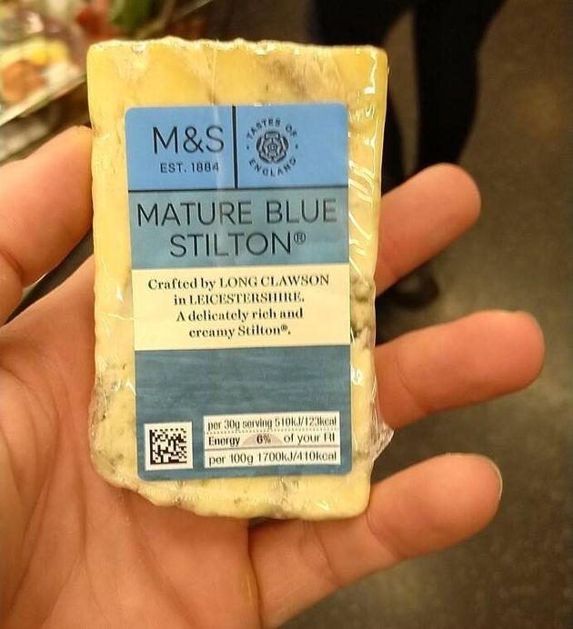 Le fromage Stilton tenu par le trafiquant de drogue qui a permis son arrestation par la police de