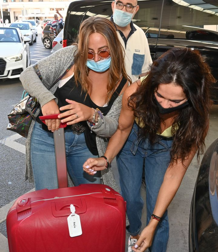 Rocío Flores y Olga Moreno en Málaga días después de llegar de 'Supervivientes'.
