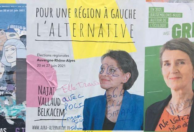 Les affiches électorales de la candidate socialiste Najat Vallaud-Belkacem ont été...