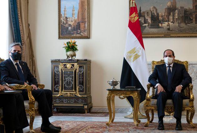 26 Μαΐου 2021 Ο υπουργός Εξωτερικών των ΗΠΑ Αντονι Μπλίνκεν στην Αίγυπτο μαζί με τον πρόεδρο της χώρας Αμπντέλ Φάταχ αλ Σίσι