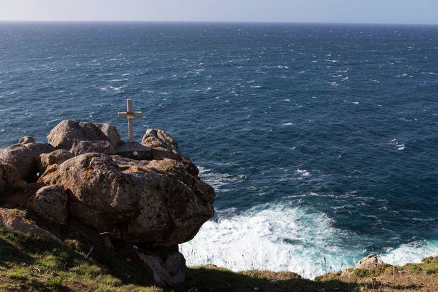 Una cruz recuerda la desaparición de un hombre en
