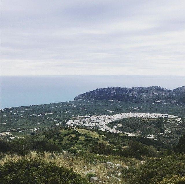 Mattinata, il borgo in cui si è trasferita Novella Rosania