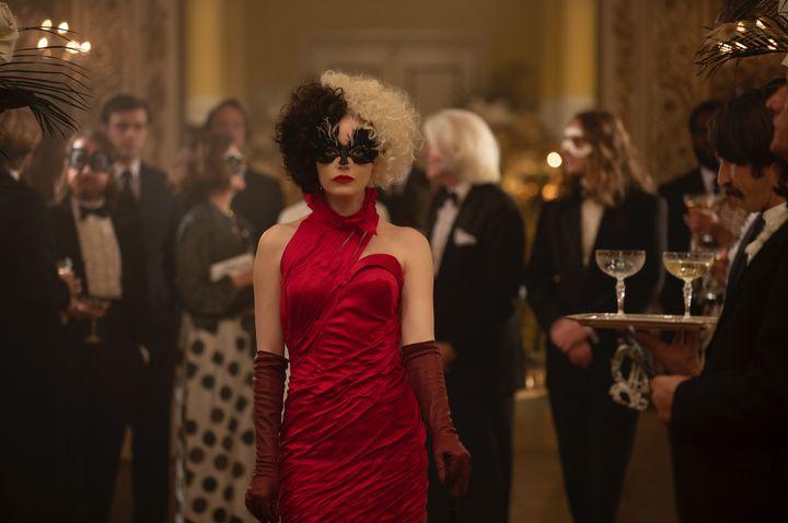 El vestido rojo de Cruella