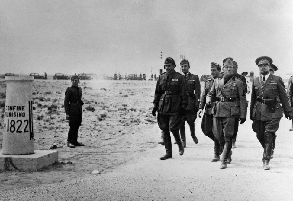 Benito Mussolini in Libia nel