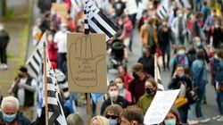 Bretons, Corses, Alsaciens, Basques défilent pour défendre leur langue