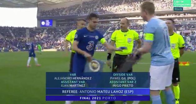 Mateu Lahoz antes del Chelsea-Manchester City, final de la