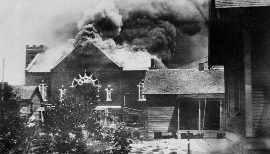 Cien años de la matanza de Tulsa: la masacre que comenzó con un