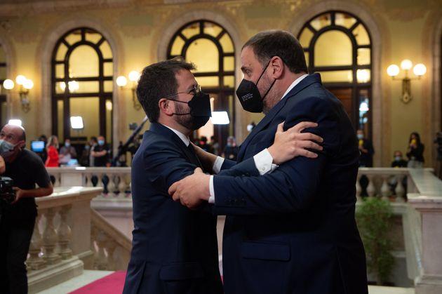 El president de la Generalitat,Pere Aragonès, y el líder de ERC, Oriol Junqueras,...