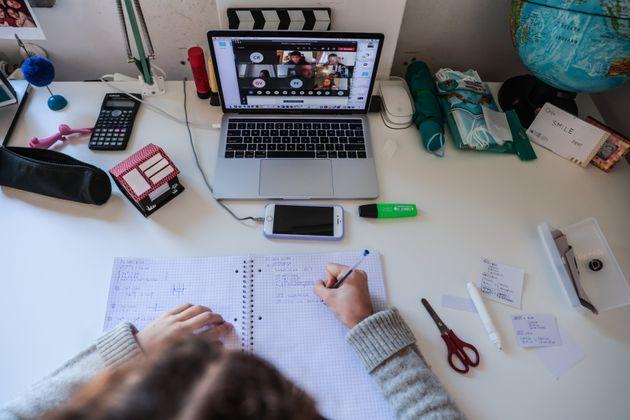 La CNIL recommande d'éviter certaines applications de visioconférence dans l'enseignement...