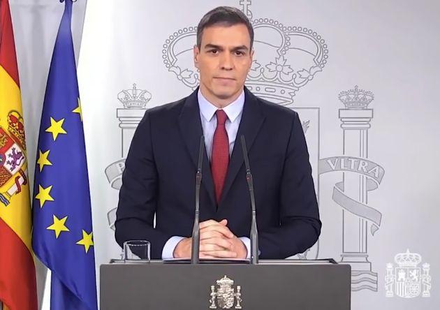 Pedro Sánchez comparece en Moncloa para anunciar la declaración del estado de alarma por el coronavirus,...