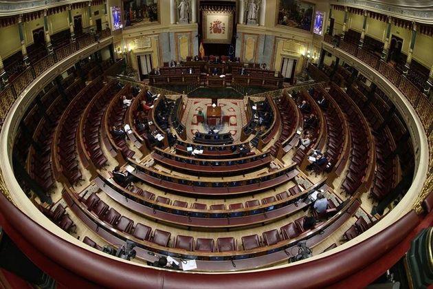 El pleno del Congreso, casi vacío, por la crisis del coronavirus, en marzo de
