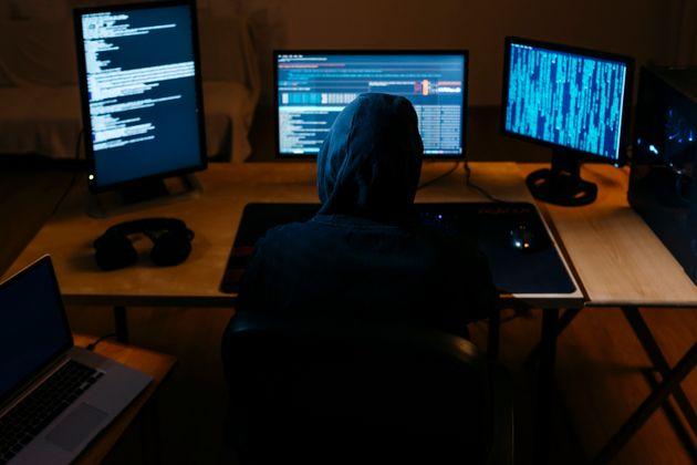 L'affaire Mila nous rappelle à quel point le cyberharcèlement est difficile à punir...