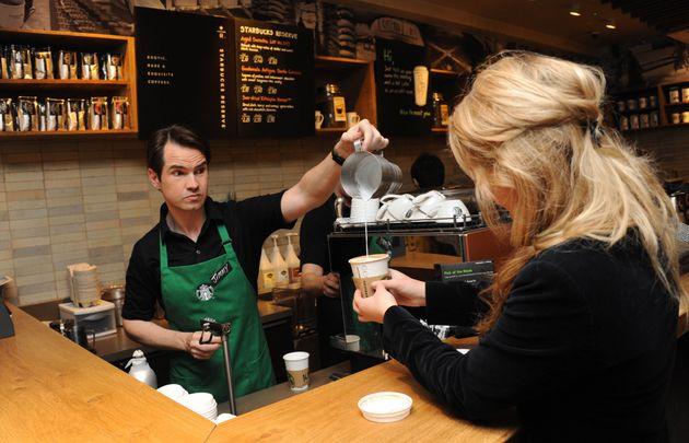 2012년 3월 14일 영국 런던 스타벅스 (해당 내용과 관계 없는