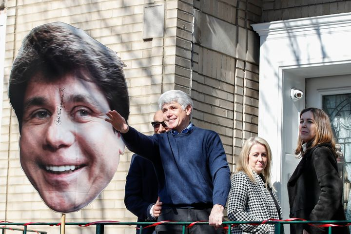 Former Illinois governor Rod Blagojevich waves to supporters outside of his house on February 19, 2020 in Chicago, Illinois.