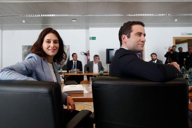 Isabel Díaz Ayuso y Teodoro García Egea, reunidos en la Asamblea de Madrid en