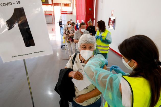 Imagen de la campaña de vacunación con Pfizer en Granada, el 5 de mayo de