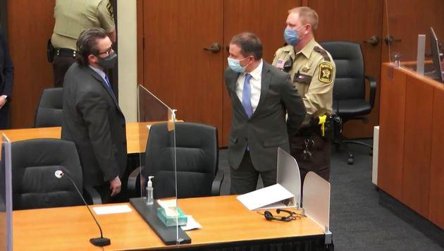 El exagente Derek Chauvin tras la sentencia de