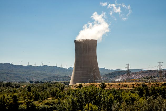 Central nuclear de Ascó, cerca de