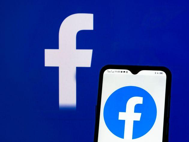 Facebook veut mettre fin à l'immunité des politiques sur ses réseaux (Photo Illustration...