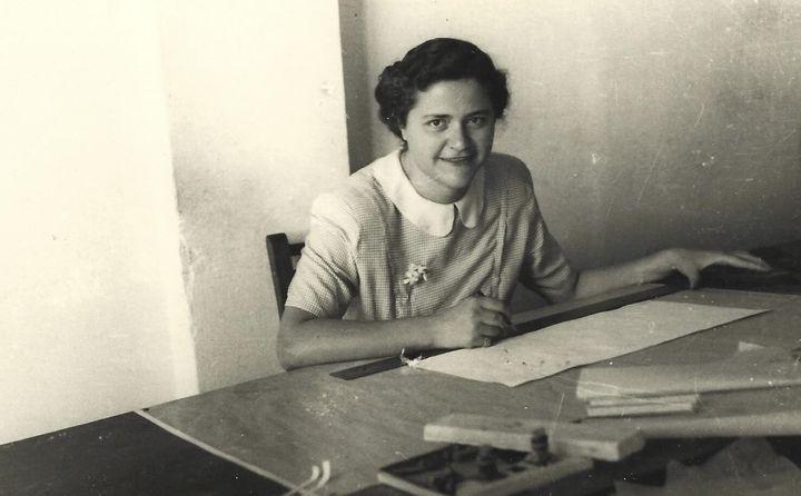 Η Έλλη Νικολαΐδου Βασιλικιώτη το 1950.