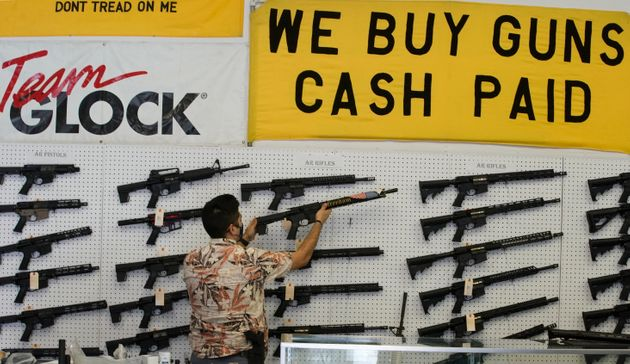 In California, assault weapons including the AR-15 reauthorized by a judge (illustrative photo taken in