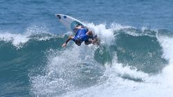 Joan Duru champion du monde de surf, la France triomphe au