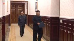 Kim Jong-un entra en una sala y lo que se encuentra allí da la vuelta al