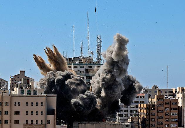 Ataque israelí al edificio sede de medios internacionales, el 15 de mayo en