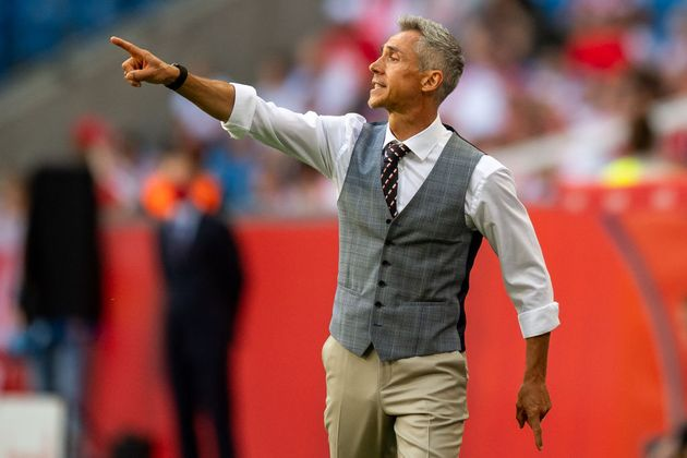 Europei, Paulo Sousa ct della Polonia tra Lewandowski e