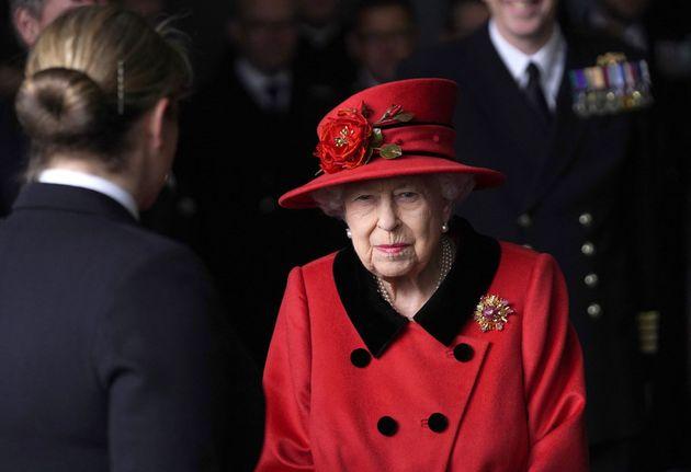 La reine Elizabeth II à Portsmouth en Angleterre le 22 mai