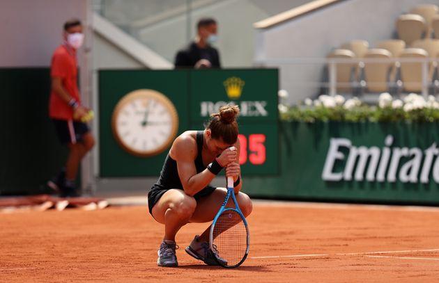 9 Ιουνίου 2021. Η Μαρία Σάκκαρη προκρίνεται στον ημιτελικό του Ρολάν Γκαρός αποκλείοντας την Ίγκα Σβιάτεκ από την Πολωνία. (Photo by Clive Brunskill/Getty Images)