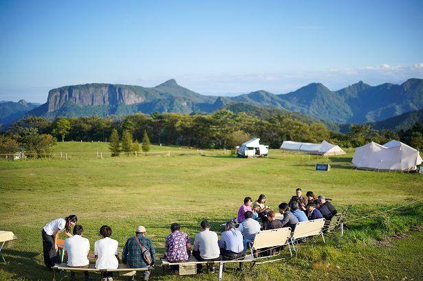 雄大な自然を望む内山牧場キャンプ場